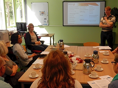BigaGroep - Jeroen geeft uitleg (foto: A. Goossens)